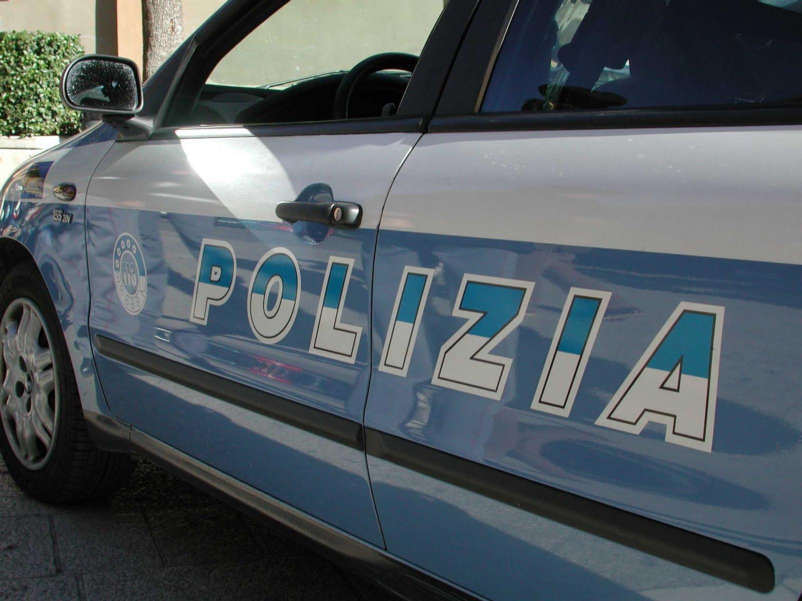 Caivano: arrestati spacciatori, donne e bambini aggrediscono gli agenti